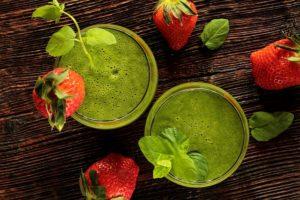 Rohkost Ernährung: Grüne Smoothies zum Frühstück