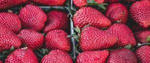 Rohkost Erdbeeren gegen den Heißhunger auf Süßes