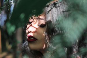 Schattenarbeit: Wie du deine Schatten integrierst und wieder ganz wirst